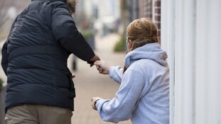 Getuigen gezocht van twee berovingen bij Station Moerwijk