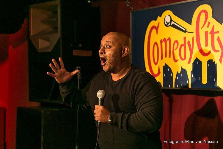 De comedyclub van Den Haag opent zijn deuren weer