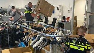 Politie neemt voor 350.000 euro aan nepkleding in beslag
